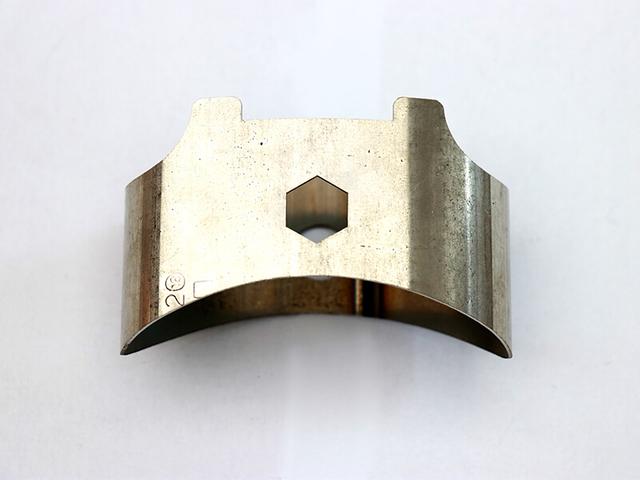 coupe du tube en acier au carbone